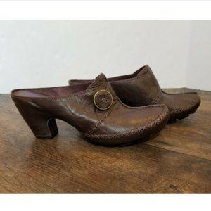 Clarks Indigo Charmed Mules Heels Leather